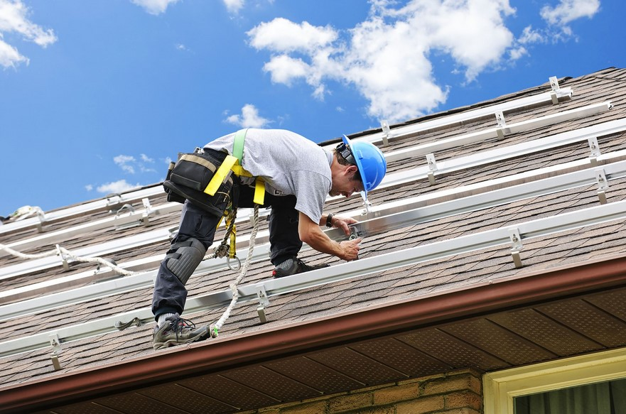 Benefits Of Using Commercial Roofing Contractors